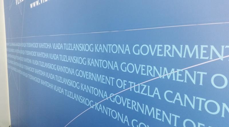 Vlada TK danas o upisu u srednje škole i prijemu volontera u pravosudne institucije