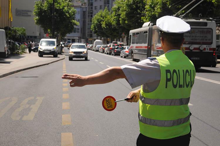 Strožije kaznene odredbe za nesavjesne vozače i  pješake