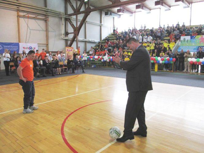 Premijer Gutić otvorio Specijalnu olimpijadu u Tuzli