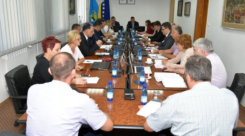 Započeta reorganizacija ministarstava u Vladi Tuzlanskog kantona