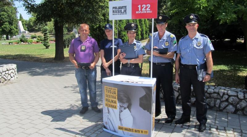 """Završena kampanja """"Stop nasilju u porodici"""": Posljednje aktivnosti u Srebreniku i Gradačcu"""