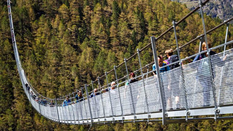 Otvoren najduži pješački most na svijetu