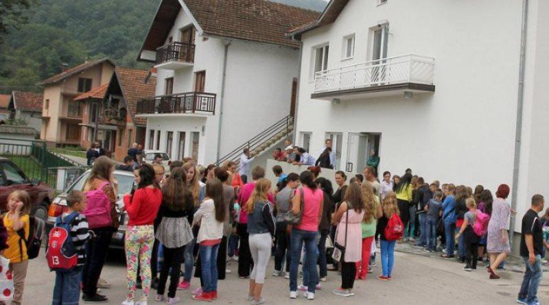 Borba za bosanski jezik: U centru Nova Kasaba u narednoj školskoj godini 120 djece
