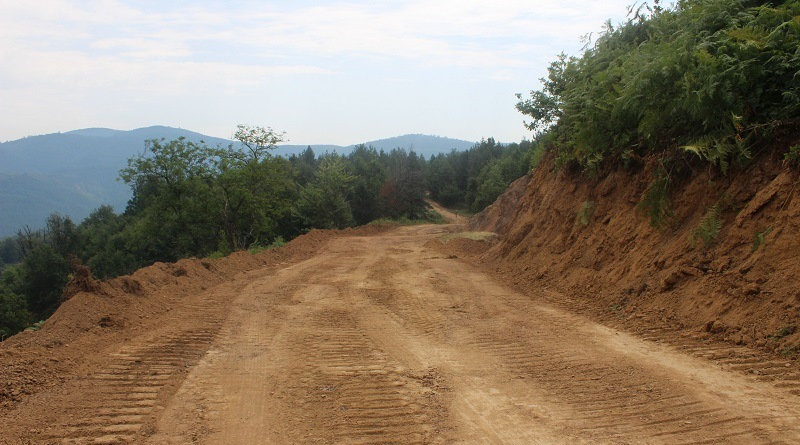 Rekonstrukcija i asfaltiranje puta na području općine Živinice: Povezivanje naselja