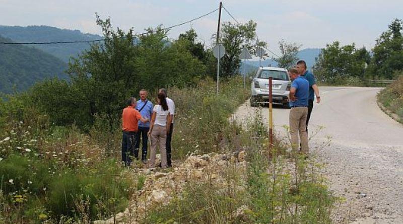 Direkcija cesta TK rješava problem klizišta na putu u općini Sapna
