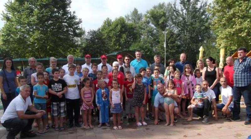 Obuka budućih plivačkih šampiona u Gračanici: Mališani uče osnovne tehnike plivanja