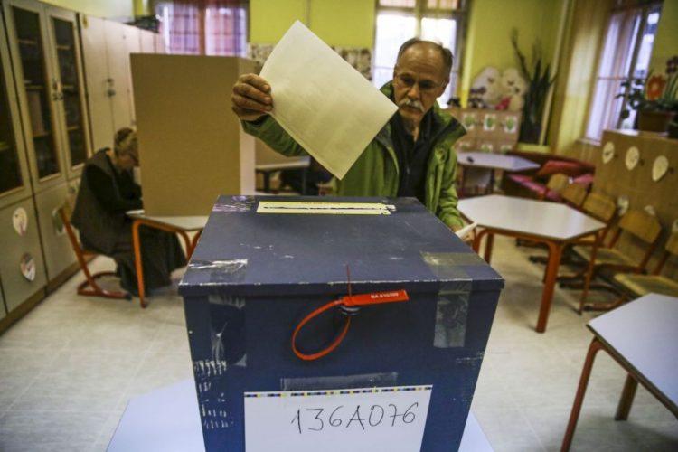 Na izborima 2018. godine pojedini građani BiH mogli bi glasati putem telefona