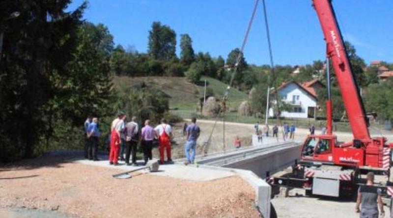 Privode se kraju radovi na izgradnji novog mosta na rijeci Oskovi