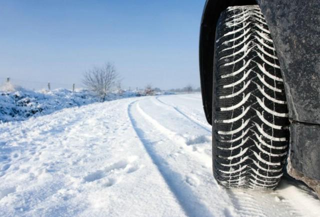 Od sutra obavezna zimska oprema, evo šta morate znati