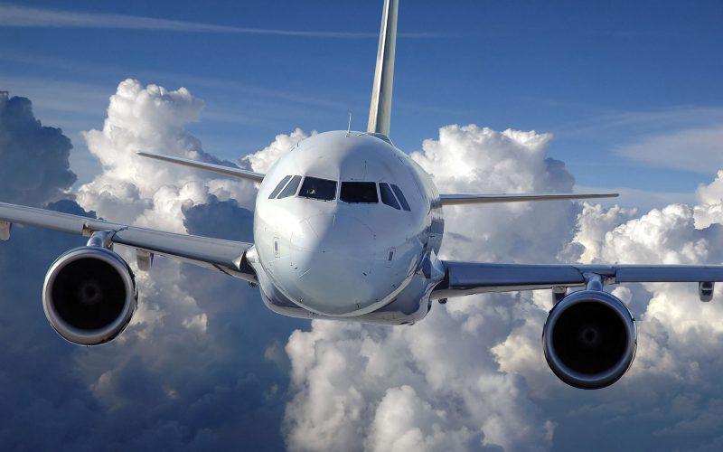 Znate li zašto su avioni bijele boje?