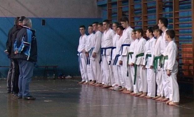KK Konjuh: Obavljena polaganje za zvanja u karateu