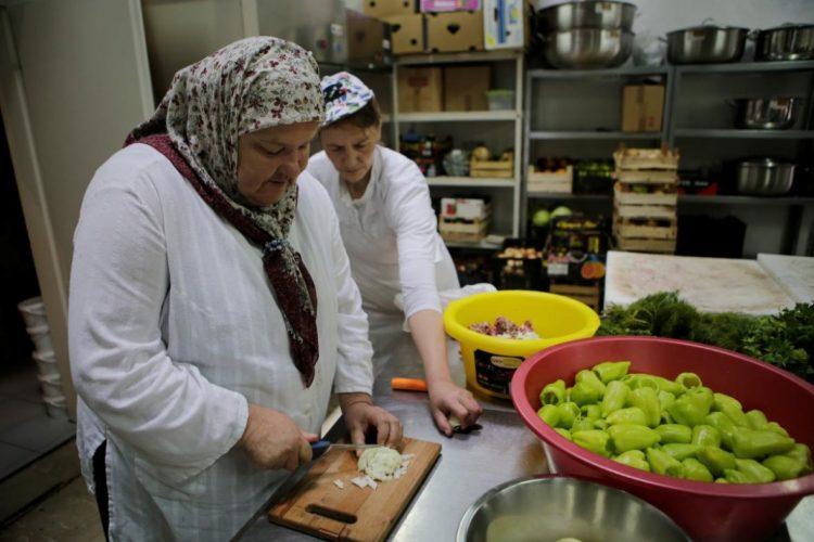 Bosanac iz Kanade ostavio milion KM javnim kuhinjama u Sarajevu