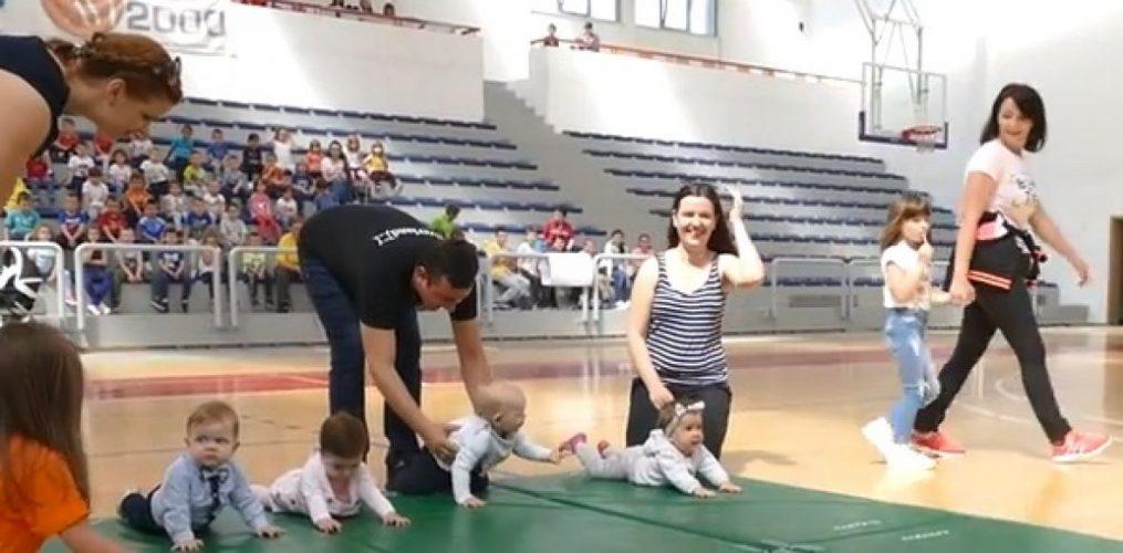 Vitez: Proglašena najbrža bh. beba u puzanju (VIDEO)