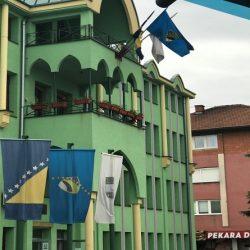 Kalesija:Općinski načelnik potpisao ugovore o izgradnji šest stambenih objekata