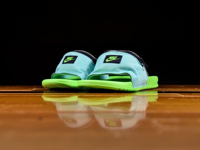 Nike predstavio gumene papuče koje su ujedno i torbica