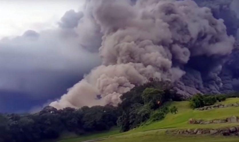 Gvatemala: Eruptirao vulkan Fuego