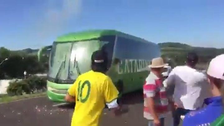 Bijesni navijači kamenovali autobus brazilske reprezentacije