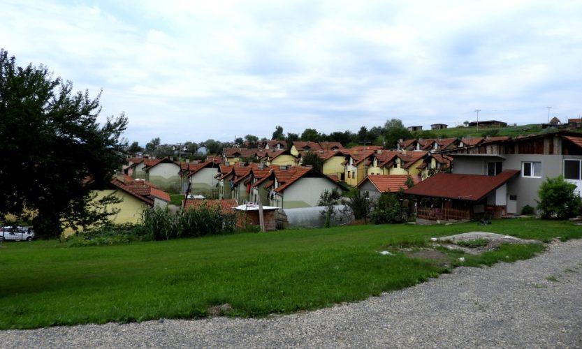 Oko 180 osoba konačno će iz kolektivnog naselja Mihatovići preseliti u nove stanove