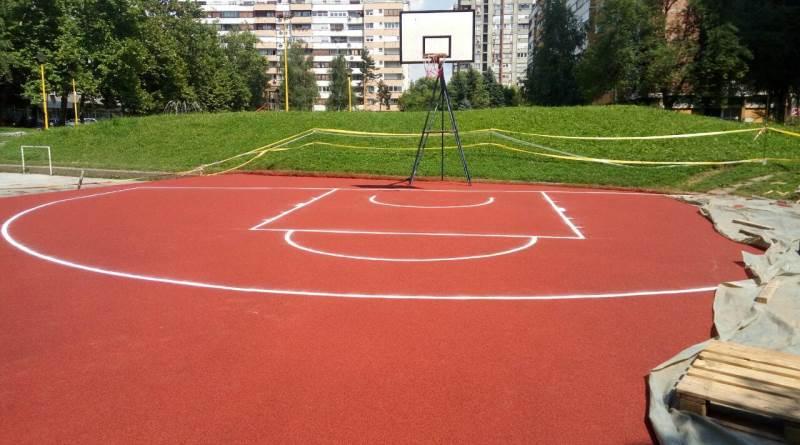 Počela obnova kultnog basket terena na Slatini