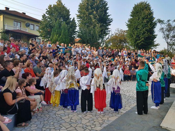 Dani šehida i poginulih boraca-tradicionalna manifestacija u gračaničkom naselju Doborovci