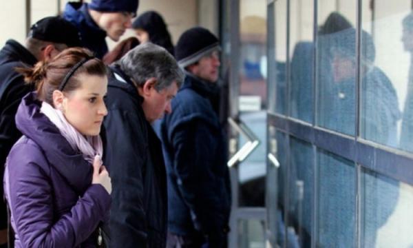 Oko 33% građana čeka na posao pet godina