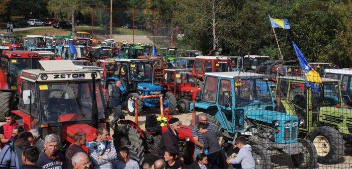 Na izletištu Vis kod Gračanice održana 2. traktorijada