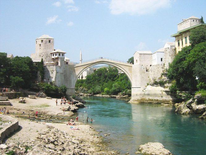 Na današnji dan srušen je Stari most
