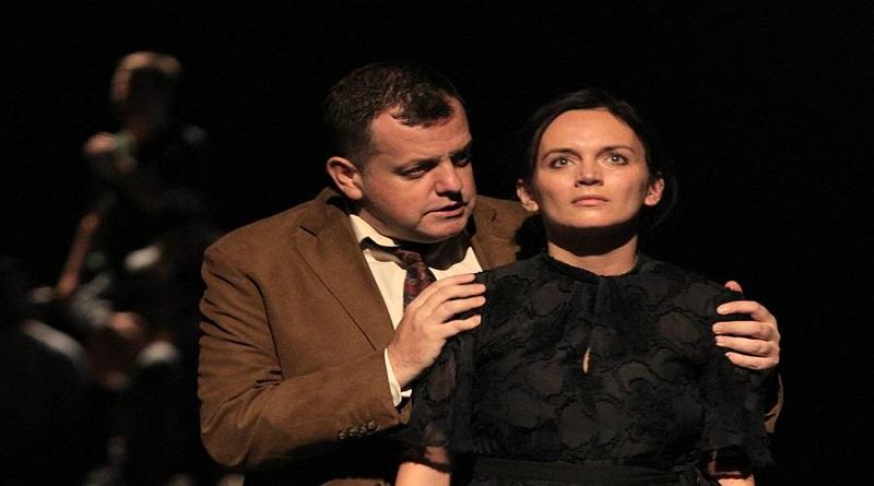 Predstava 'Bure baruta' na 'Tuzlanskim pozorišnim danima'