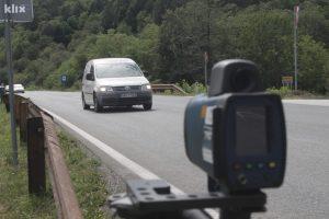 Tinejdžeru u Njemačkoj oduzeta vozačka 49 minuta nakon što mu je izdata