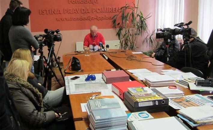 Civilne žrtve rata u Tuzli će dobiti memorijalne pločice na mjestima stradanja