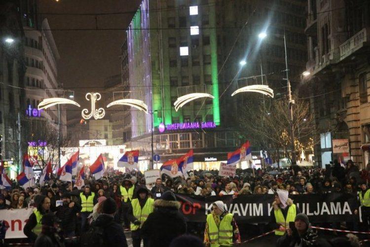 Beograđani na masovnim protestima poručili Vučiću: Ti brojiš, mi odbrojavamo