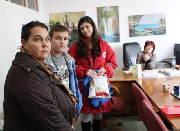 Crveni križ: Tim mladih pomaže socijalno ugrožene
