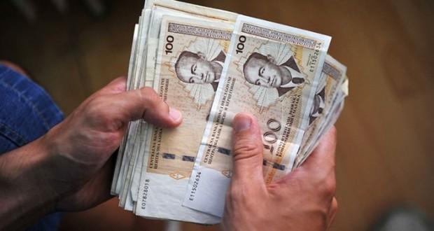 Prosječna plata u Bosni i Hercegovini prvi put prešla 900 KM