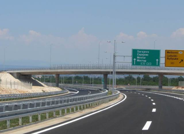 Za izgradnju autocesta i brzih cesta u FBiH planirano 153 miliona KM