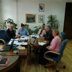 Održan sastanak o zajedničkim aktivnostima Ministarstva privrede TK i Kantonalne privredne komore