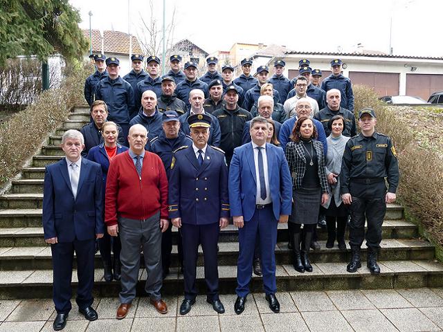 Deset kandidata završilo obuku za policajce i mlađe inspektore u Upravi policije TK