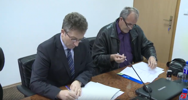 (VIDEO) Potpisan Sporazum o visini plate i ostalih radničkih naknada između Vlade TK i predstavnika sindikata