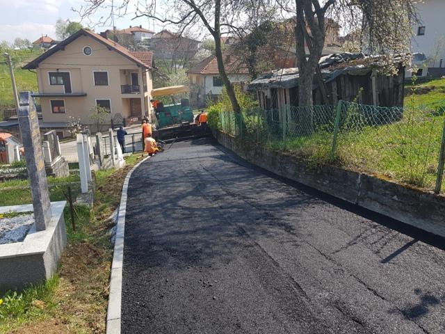 Gradačac:Završni radovi na uređenju mezarluka u MZ Svirac