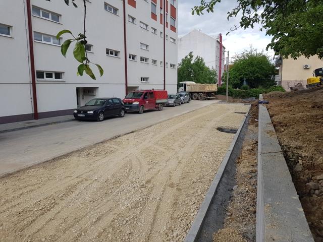 Gradačac:Izgradnja parking prostora u ul. Titova