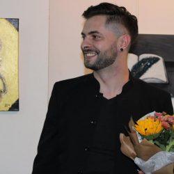 """U Tuzli otvorena samostalna izložba slika autora Rame Tučića pod nazivom """"Linije Života"""""""
