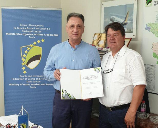 Predstavnici Lukavačkog sajma uručili zahvalnicu ministru Gluhiću