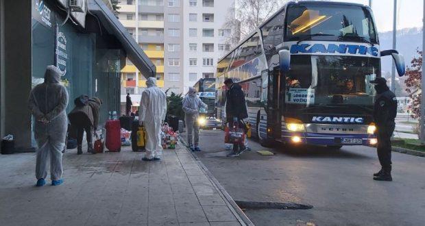 63 BH studenta koji su stigli iz Njemačke smještena u karantin u Hotelu Tuzla