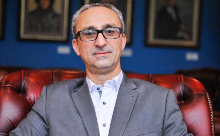 Prof.dr. Husnija Kamberović - STALNO UGROŽENA DRŽAVNOST