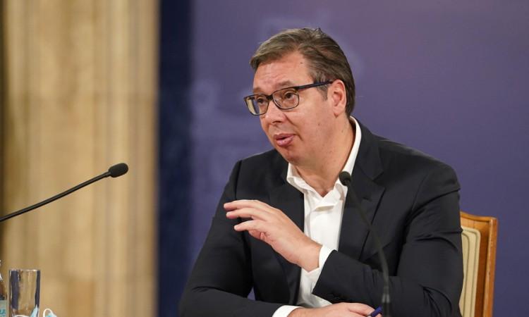 Vučić: Ako su granate iz Bugojna tako strahovite spremni smo da ih kupimo