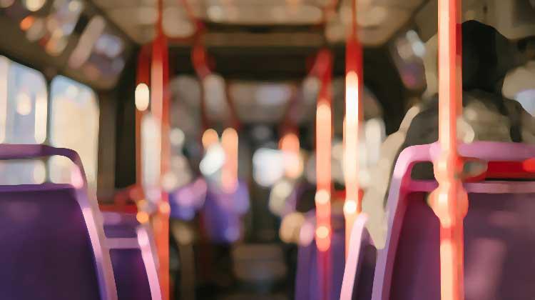 Da li znate kako se možete zaštititi od infekcija u javnom prevozu?