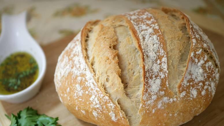 Ovo su najčešće greške koje svi rade dok peku hljeb kod kuće