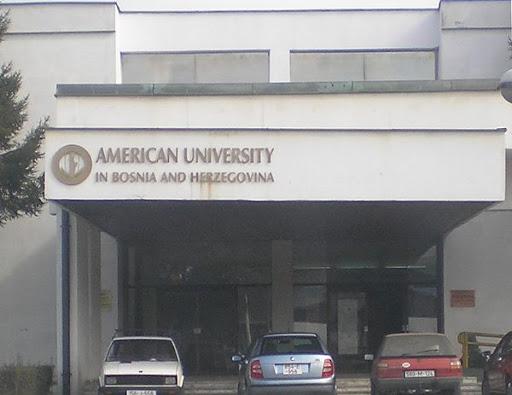 U Američki univerzitet u Tuzli došla policija