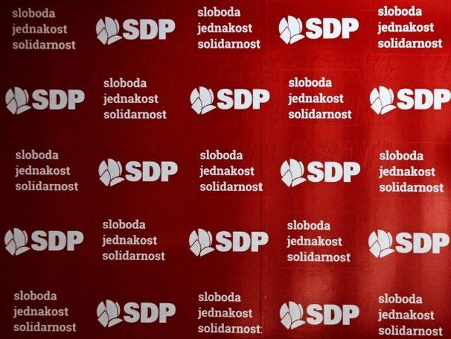 Predsjedništvo SDP BiH raspustilo organizaciju SDP-a u Srebrenici i isključilo Begu Bektića iz partije