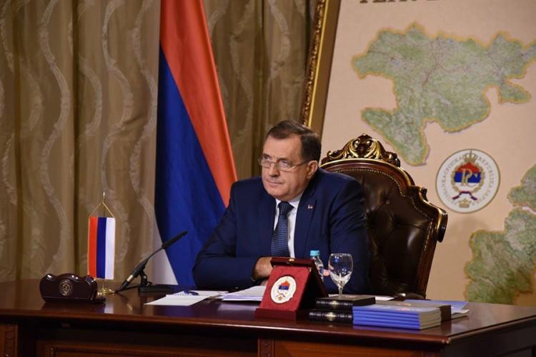 Dodik: Interpol naveo da ikonu niko ne potražuje