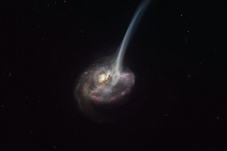Udaljena galaksija počinje da se gasi